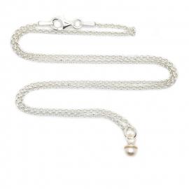 Tiny pearl ketting