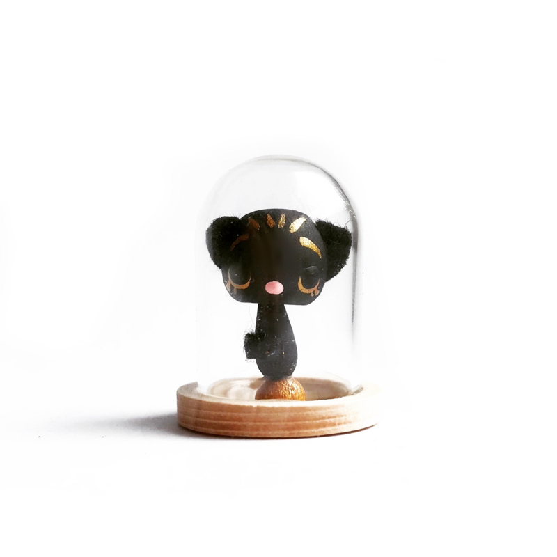 Inge Ingrid Chat d'Or Noir - mini glass dome