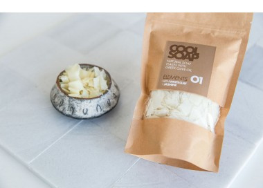 Cool soap - Natural soap flakes with greek olive oil + white clay and jasmine