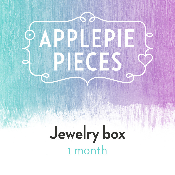 Applepiepieces Jewelry Box