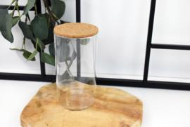 Glazen pot met deksel in kurk