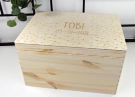 Houten doos klepdeksel - gegraveerd