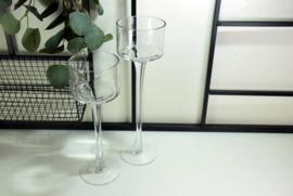 Set van 2 glazen kandelaars