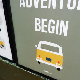 Poster VW bus met tekst Let the adventure begin  -  olijf groen