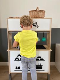 Ikea keukentje + speelwinkel van Vera
