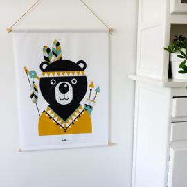 Textielposter beer indiaan kinderkamer - oker geel