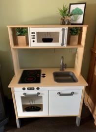 Ikea keukentje van Noud