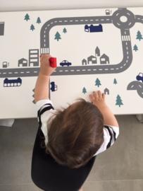 Autobaan in speelhoek van zoontje van Brett