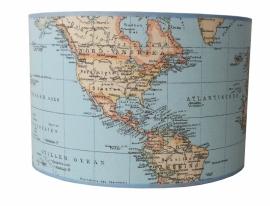 Lamp jongenskamer wereldkaart lichtblauw
