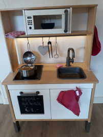 Ikea keukentje van Nicole