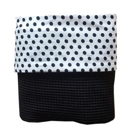 Wiegdeken wafelstof zwart - zwart wit zigzag