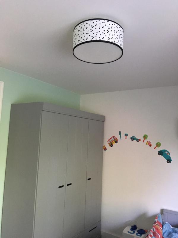 Plafondlamp triangel kinderkamer zoon Eveline