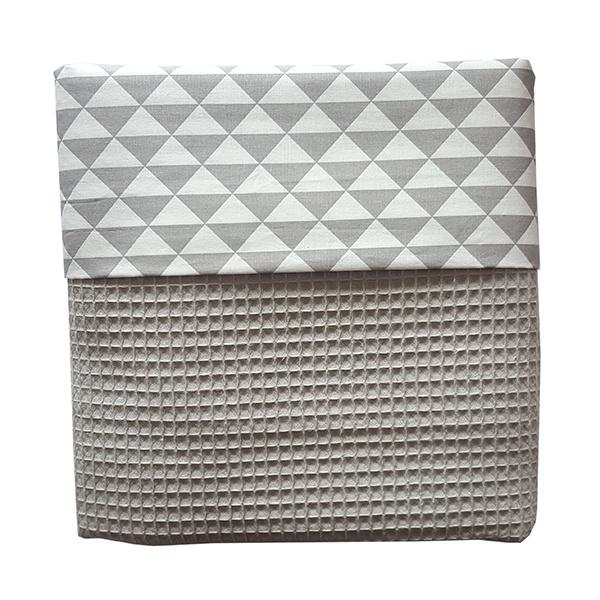Wiegdeken wafelstof grijs driehoek