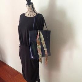 PU leren tas 'Office'  nachtblauw 38 x 34 cm. Mooi en elegant door eenvoud, afsluitbaar en met verschillende vakjes, tas is van binnen gevoerd. Verkrijgbaar in 3 kleuren
