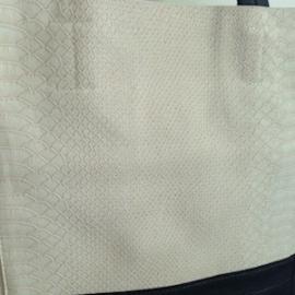 Shopper (42 x 40 cm) Stacy met verfijnde crocolook, met binnenzakje en uitneembare binnentas, kleur beige