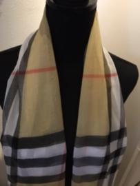 Luchtige sjaal met klassieke herkenbare ruit in Burberry style