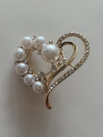 Heart of pearls