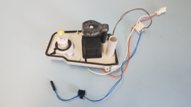 Afvoerpomp condenswater droger Whirlpool