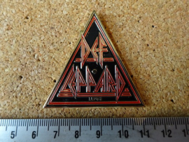 DEF LEPPARD - TRIANGLE NAME LOGO