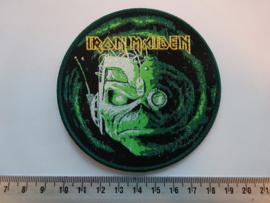 IRON MAIDEN - STRANGER IN A STRANGE LAND ( GREEN BORDER ) WOVEN