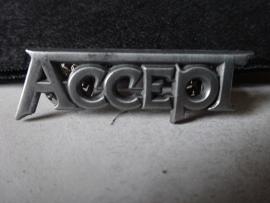 ACCEPT - GREY NAME LOGO