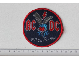 AC/DC - FLY ON THE WALL ( RED BORDER ) WOVEN