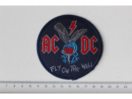 AC/DC - FLY ON THE WALL ( BLUE BORDER ) WOVEN