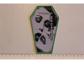 TYPE O NEGATIVE - BLOODY KISSES ( GREEN BORDER ) WOVEN COFFIN