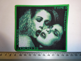 TYPE O NEGATIVE - BLOODY KISSES ( GREEN BORDER  ) WOVEN