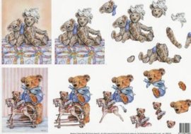 99091/05 Meadow Cottage Bears