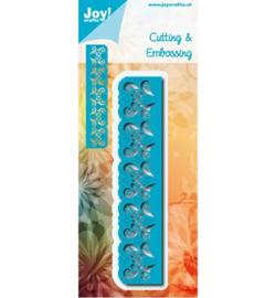 6002/0698 Blauwe randmal met snijwerk & bloemen