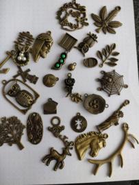 Bronzen bedel set