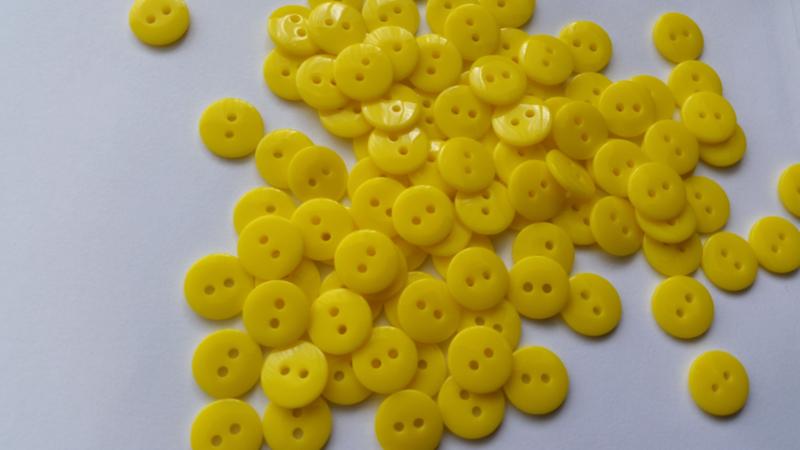 Gele knoopjes 10 stuks 11mm