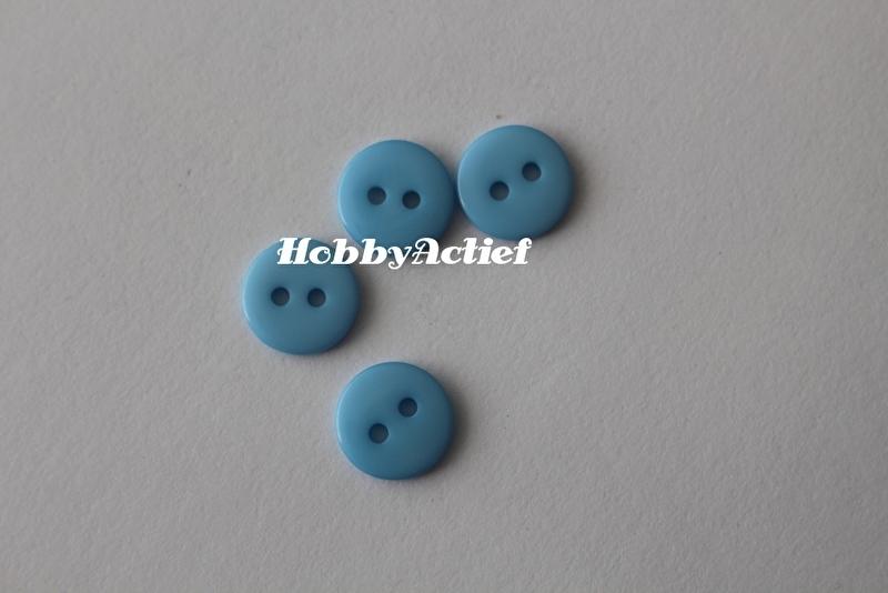 Licht blauwe knoopjes 10 stuks 11mm