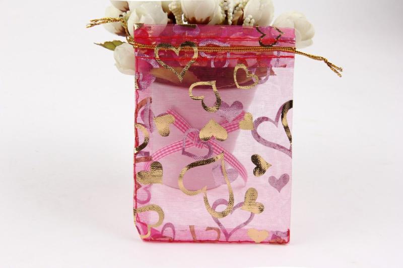 Organza zakjes hard roze met hart 7x9cm - 10 stuks