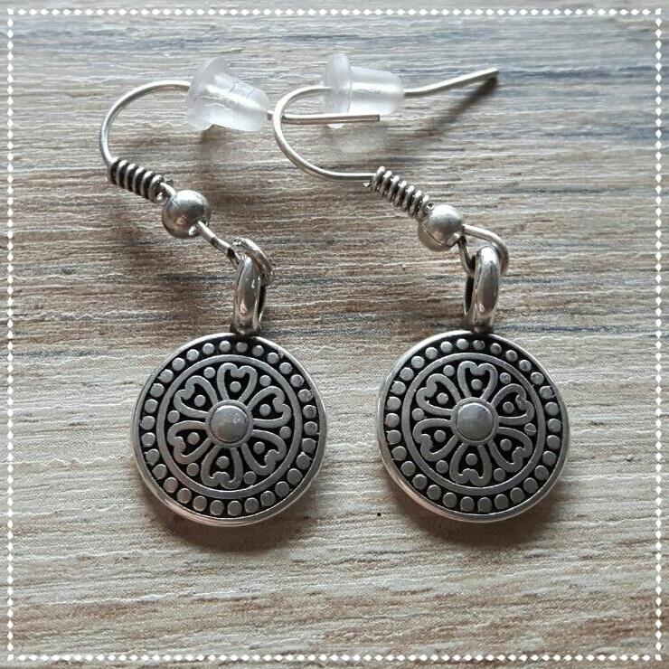 Oorbellen - Mandala zilver