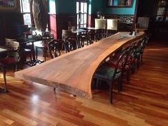 Voor andere massief houten meubels en massief houten producten, ga naar www.stoeretafels.com