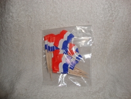 Nederlandse vlaggetjes plus minus 25 per verpakking