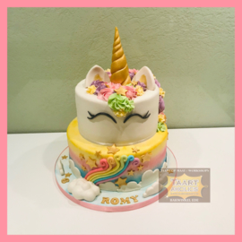Eenhoorn/ unicorn taart met Regenboog en wolkjes 16 personen