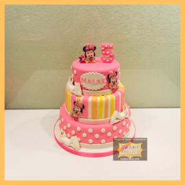 Baby Minnie taart 24 personen 3 lagen