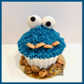 Smash Cookiemonster giant cupcake