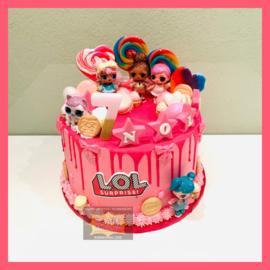 LOL Roze Driptaart 10 personen (poppetjes niet inbegrepen)