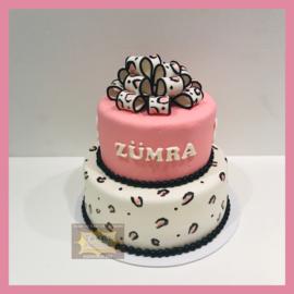 Strik/ roze/ panter taart 16 personen
