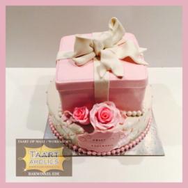 Cadeau taart 16 personen