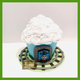 Smash Giant Thomas de Trein Cupcake