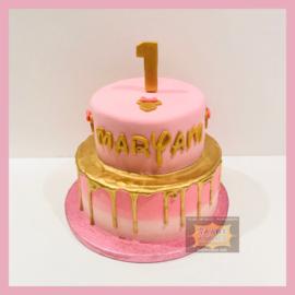 Roze/ Goud taart 16 personen