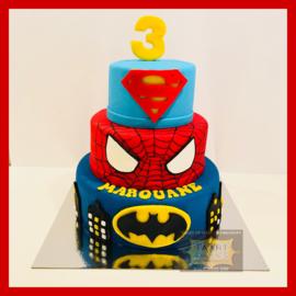 Superhelden taart 24 personen 3 lagen