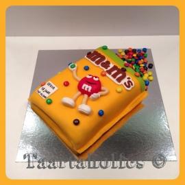 M&M's taart 3D voor 16 personen