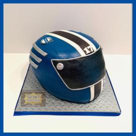 Helm taart 3D voor 16 personen