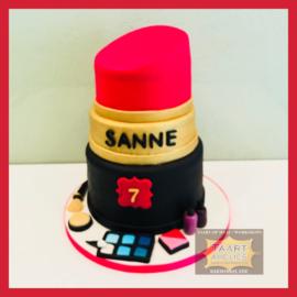 Lipstick taart 3D voor 16 personen